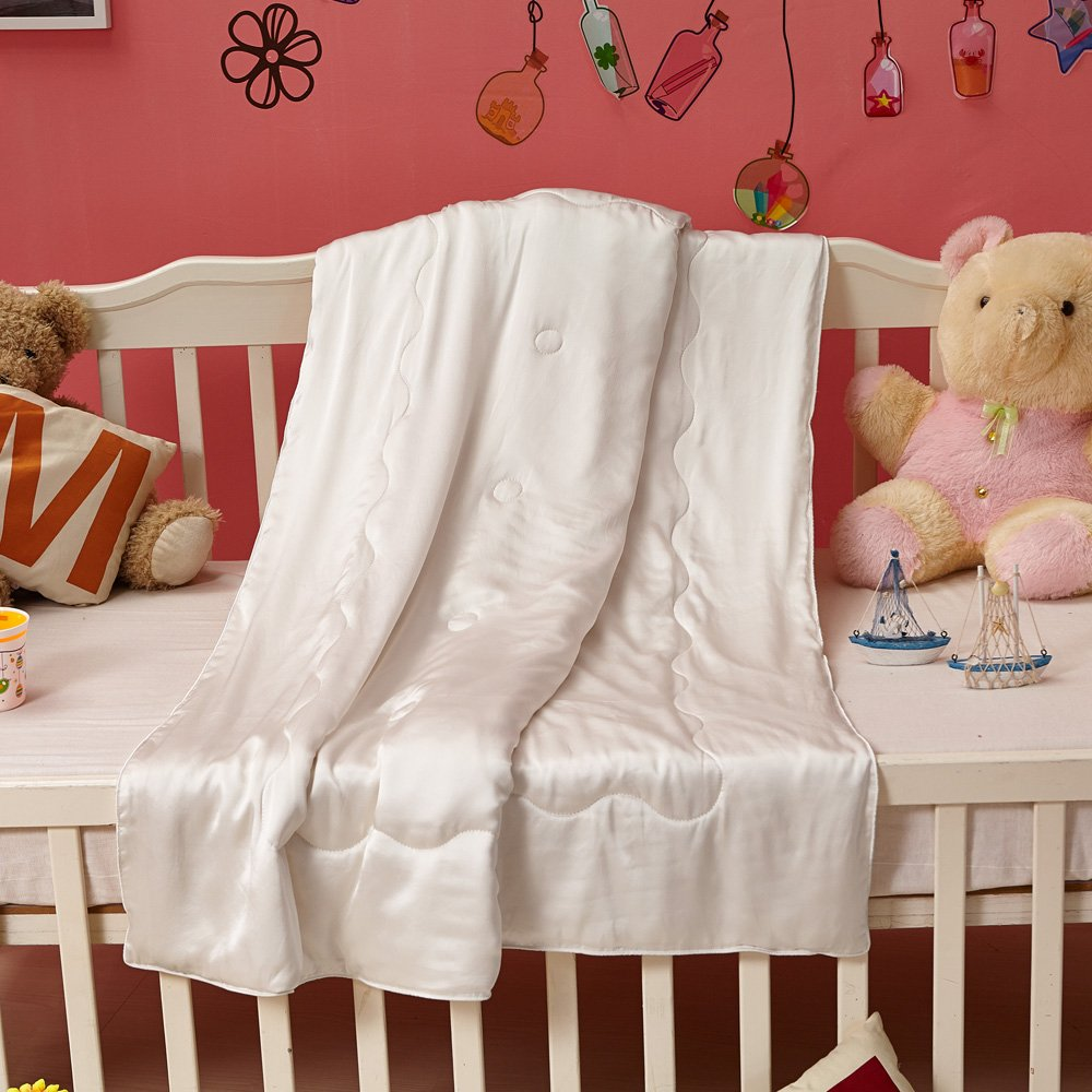 LilySilk All Season Pure Silk Comforter with Silk Shell for Baby, Organic Crib Bedding-Ultra Soft, Smooth, Hypoallergenic - Silk Cot Comforter, 59'' x 47'', Off White