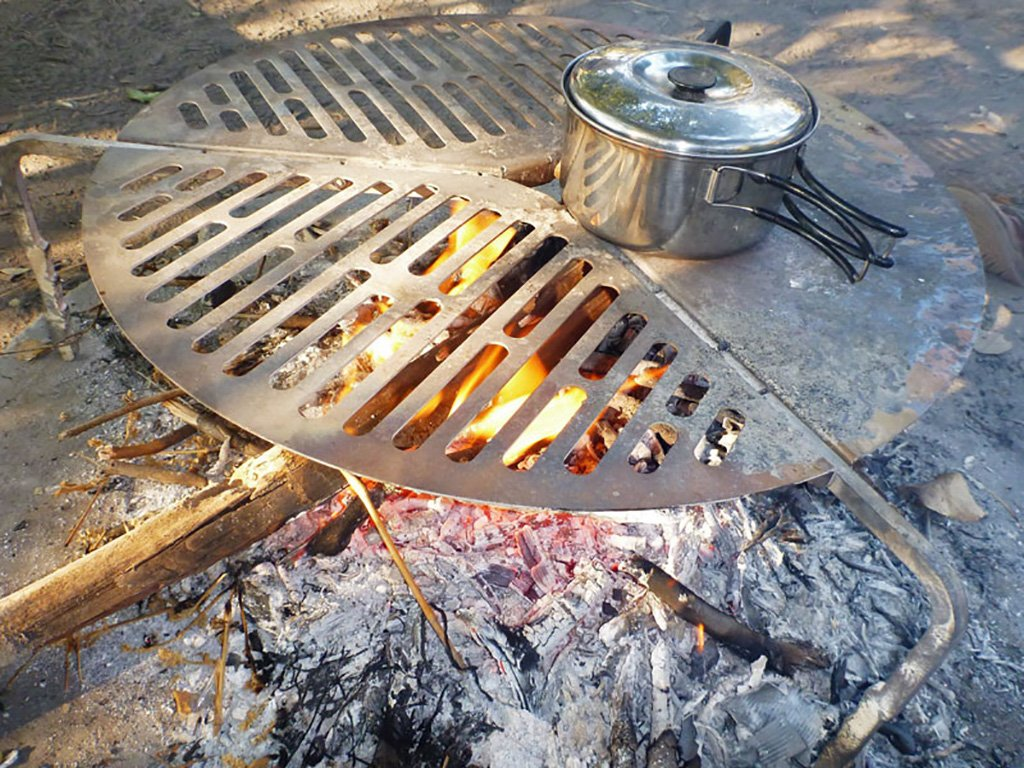Spare Tire Mount Stainless Steel BBQ Campfire Cooking Grate for Tires up to 37'' - by Front Runner by Front Runner (Image #7)