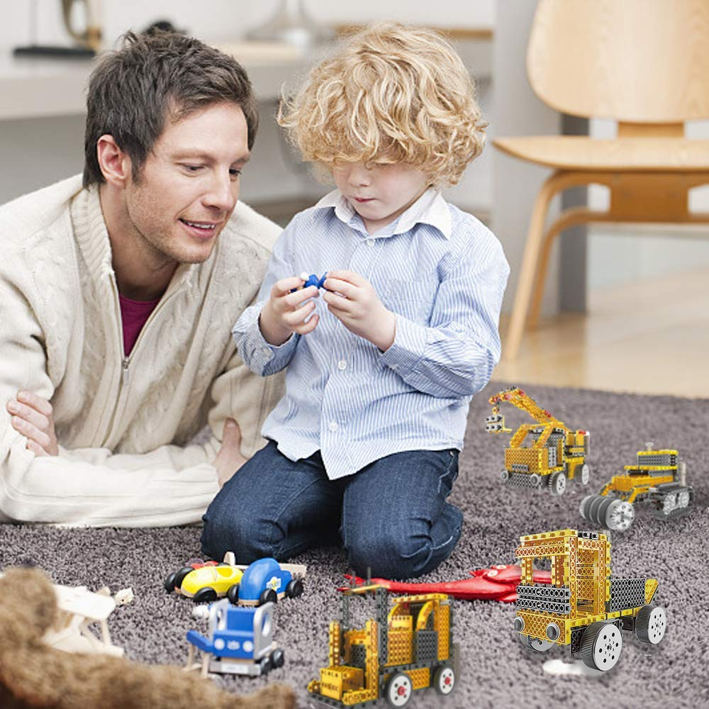 Crane, Forklift, Bulldozer /&Truck 4 in 1 Kids Robot RC Car Machines DIY Electric Construction Toy Set for 5//6//7 Year Old Boy Gifts 240 PCS WSXUS Remote Control Building Kit