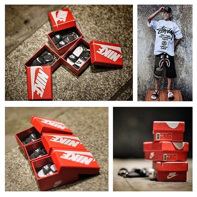 Amazon.com: Mini zapatilla de moda 3D llavero figura AJ1-20 ...