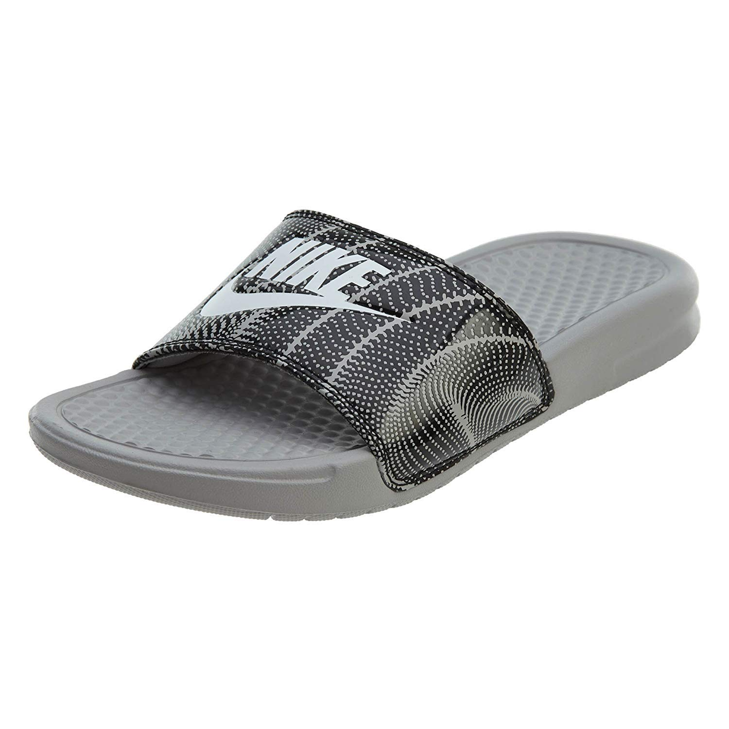 wholesale dealer 76765 9dbbd Amazon.com   NIKE Women s Benassi Just Do It. Sandal Black   Sandals
