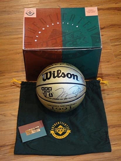 promo code 2c0db 37c68 Michael Jordan Signed Basketball - Gold Finals 6x Mvp Ltd ...