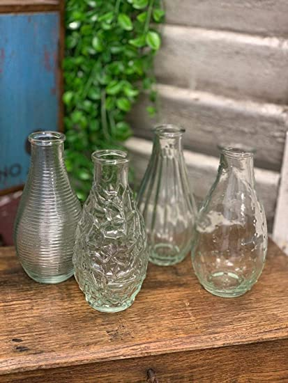 4 Clear Glass Flower Vase Set Of 4 Small Decorative Bud Vases For Flowers Single Stem Mini Bottles For Bathroom Vintage Style For Wedding Table Decorations Centerpiece Settings Amazon Co Uk Kitchen Home