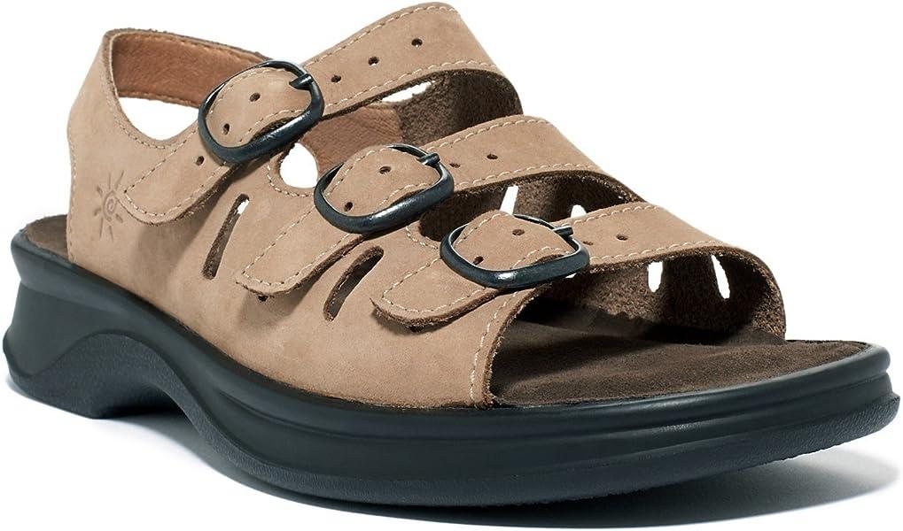 a21da6d50ed08 CLARKS Women s Sunbeat Adjustable Sandal