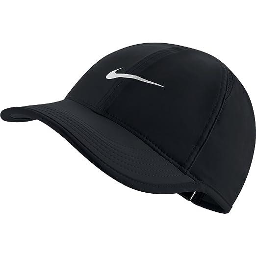 Amazon.com  NIKE Women s AeroBill Featherlight Tennis Cap 59e3f886cfa4