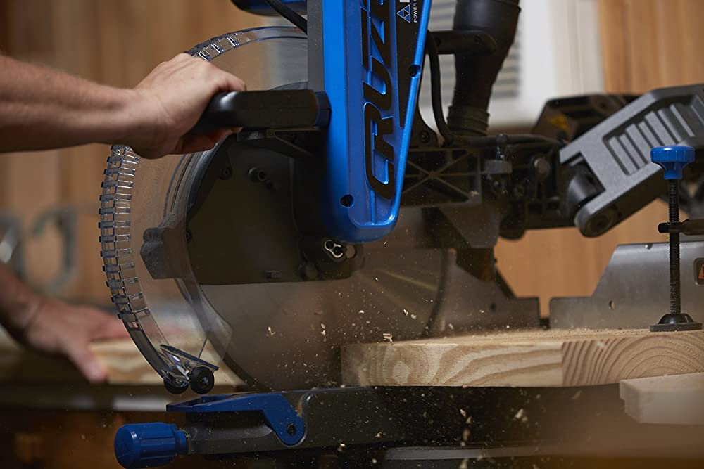 10 Inch vs 12 Inch Miter Saw – Which One Is Right For You?