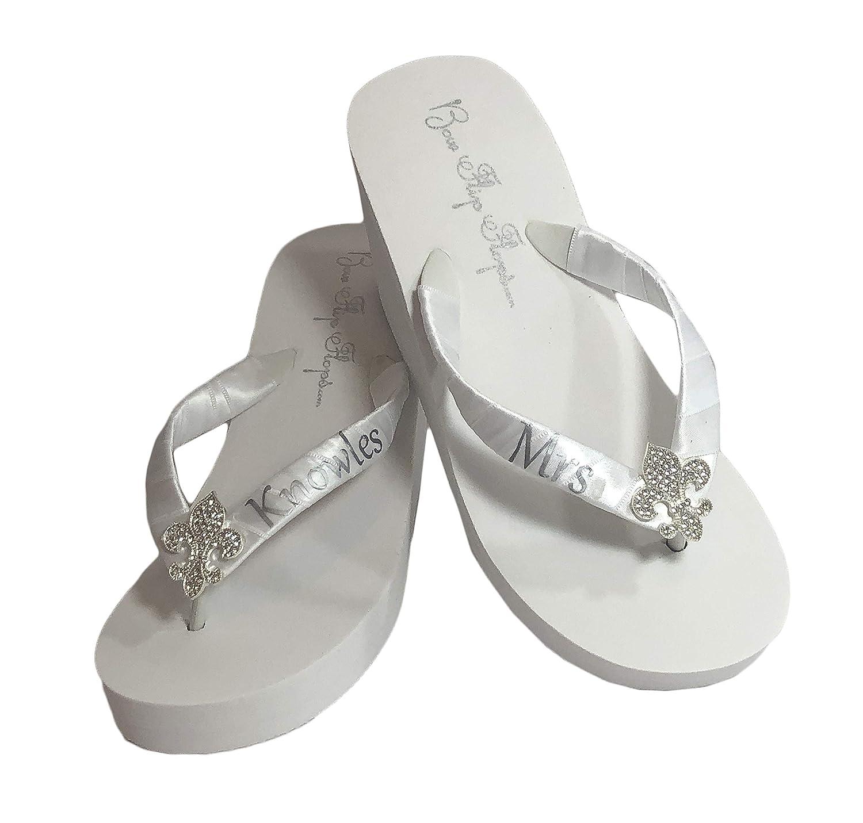 Amazon Com Fleur De Lis Rhinestone Personalized Mrs Wedding Flip Flop Sandals Handmade