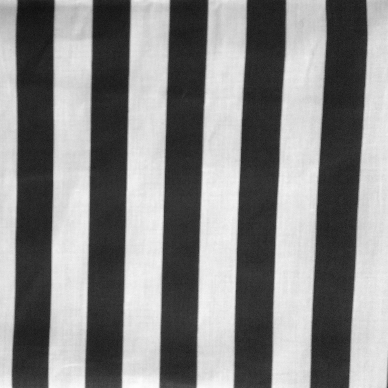 1-Inch Stripes Black White Poly Cotton 58 Inch Fabric By the Yard (F.E.) by The Fabric Exchange   B00GWTSIJI
