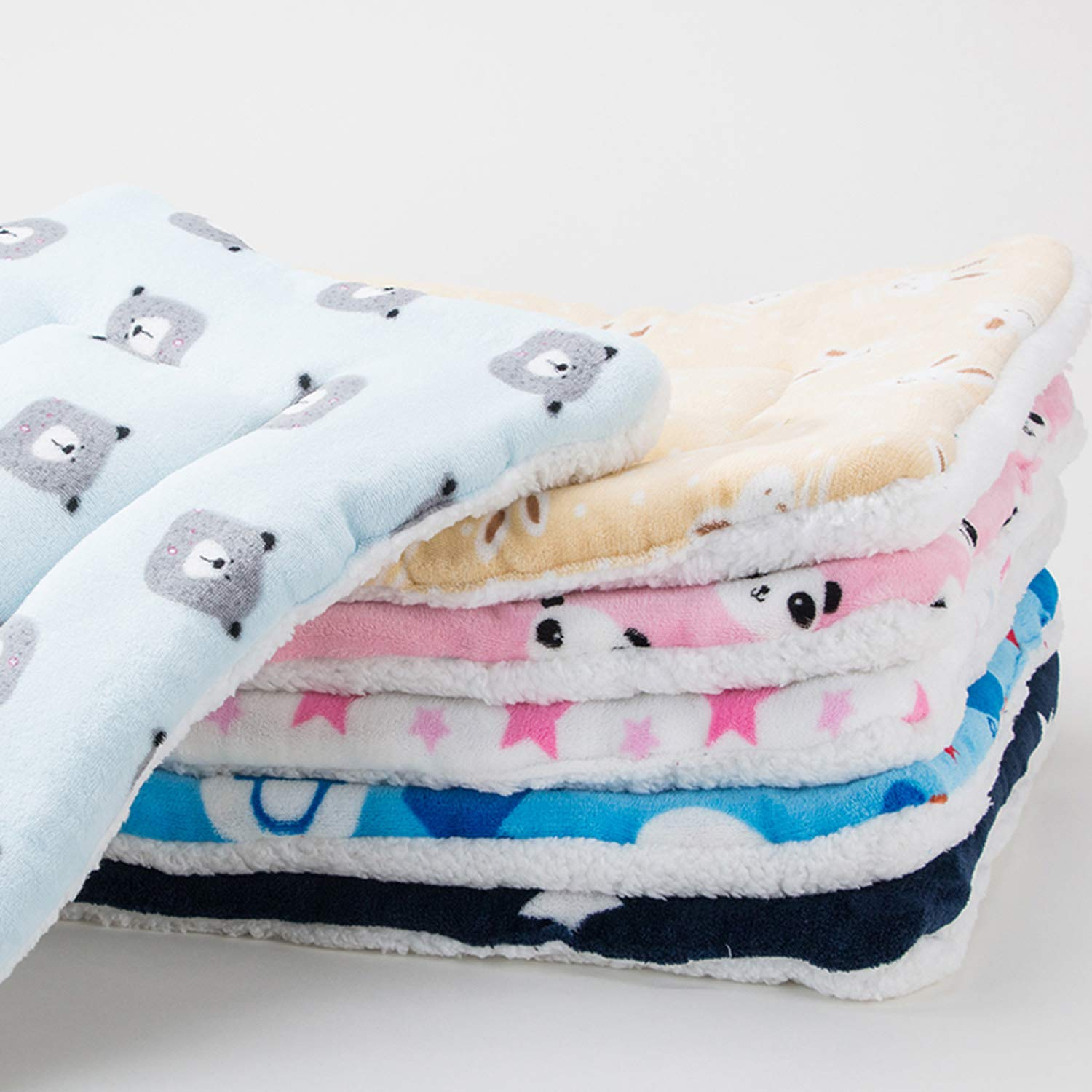 FJWYSANGU Pet Blanket Premium Fluffy Flannel Cushion Soft and Warm Mat for Dogs Cats