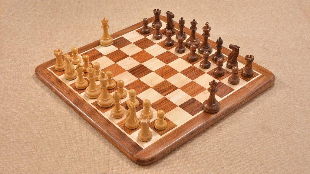 史上最も激安 Chessbazaar The CB Grandmaster Staunton King Series Chess Board Set with 3.75