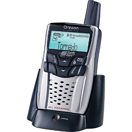 amazon com oregon scientific wr602 weather radio with charge cradle rh amazon com