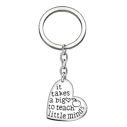 Llavero con colgante con diseño de corazón con texto «It Takes a Big Heart to Help Shape Little Minds», regalo para profesores
