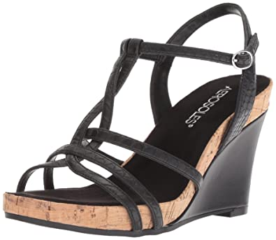 a74aed04f79 Amazon.com  Aerosoles Women s Plush Song Wedge Sandal  Shoes