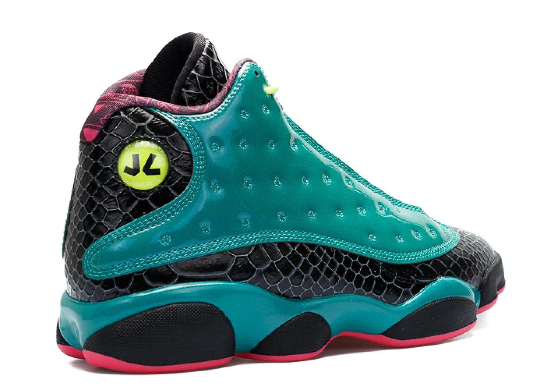 cheaper 29270 3d88e Amazon.com   AIR Jordan 13 Retro DB  DOERNBECHER  - 836405-305   Basketball