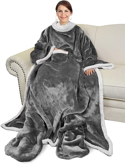 Official He-Man Snuggler Blanket With Sleeves