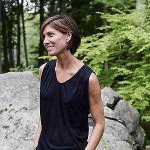Suzanne Lenzer