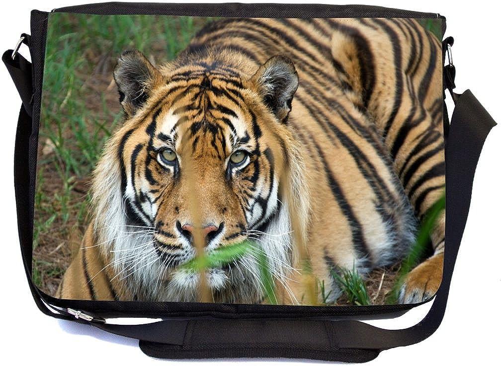 Rikki Knight野生動物デザインデザインプレミアムメッセンジャーバッグ – スクールバッグ – Laptop Bag – With挿入パッド入りfor Schoolまたは作業 – with matchingペンシルケース  Orange Stripes Tiger Close-up B073V37CB1