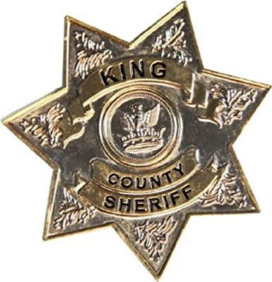 6a9e3d68a81 TV Store The Walking Dead King County Sheriff Metal Badge  Amazon.co ...