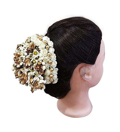 c002748cf Image Unavailable. Image not available for. Colour  FULLY new stylish South  Full Flower Hair Accessories for Bun Decoration Gajra ...