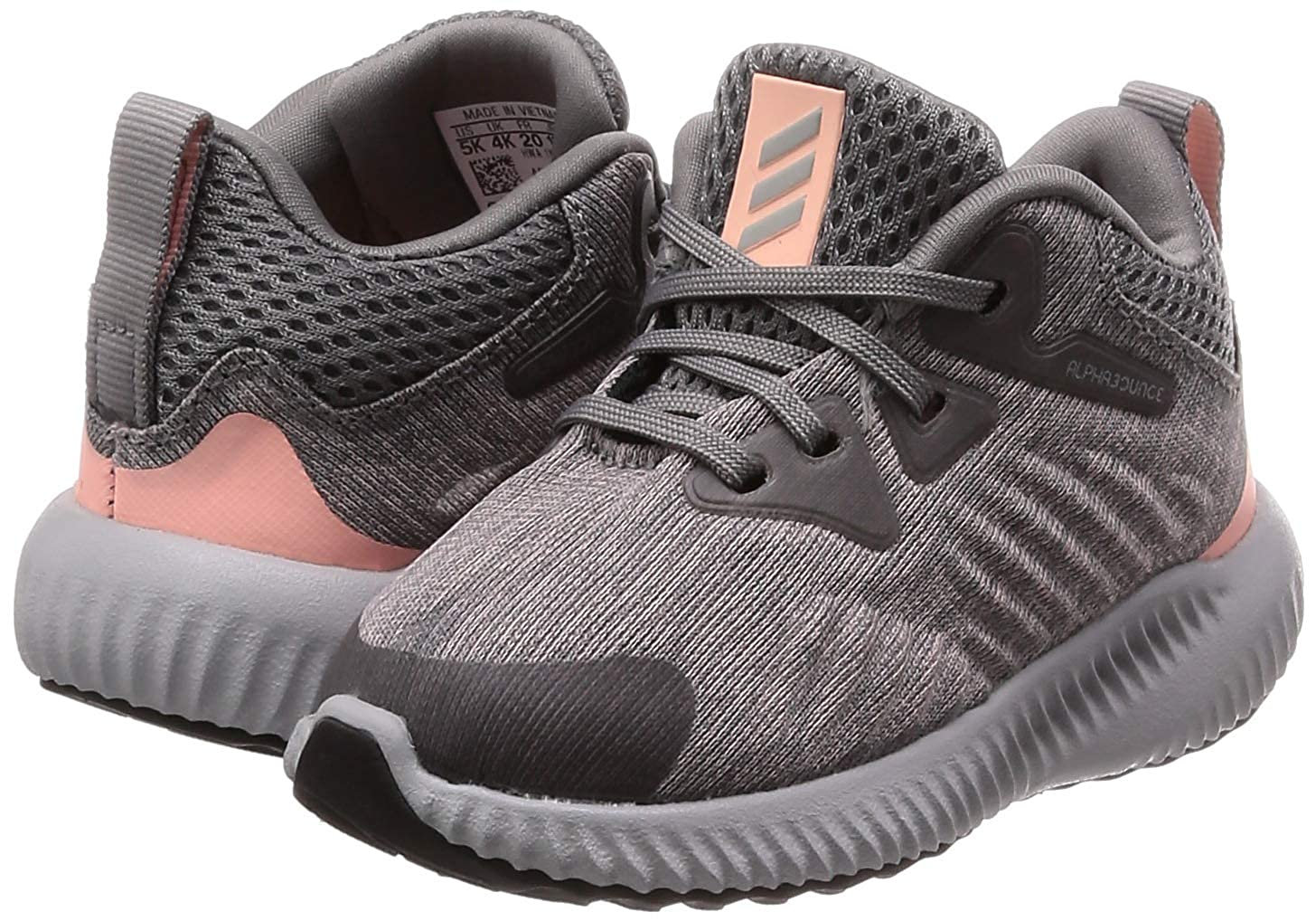 4c00482cf06a5 adidas Babies  Alphabounce Beyond Low-Top Sneakers  Amazon.co.uk  Shoes    Bags