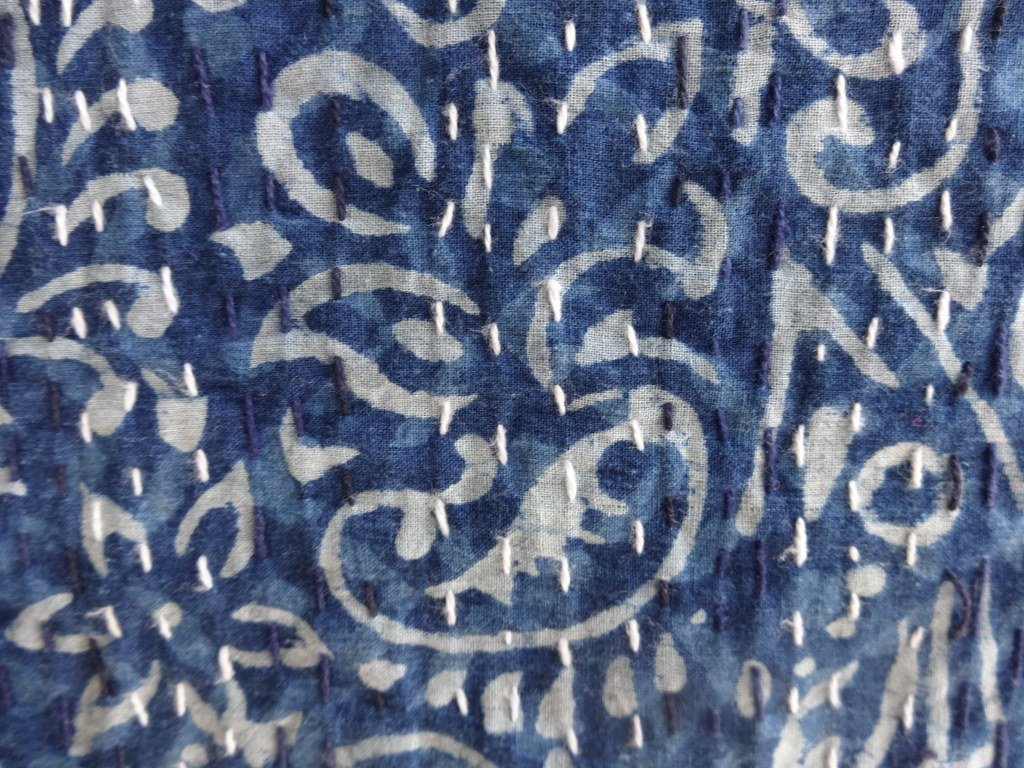 Queen Size Patchwork Cotton Bedspread Trade Star Indigo color Hand Block Printed Kantha Quilt Made By Artisians Of India Trade Star Exports TS-MK-190