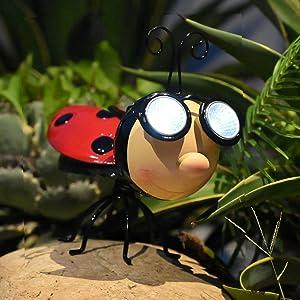 Outdoor Solar Animal Lights Ladybug Figurine with LED Lights Garden Statue Metal Garden Art Decoration for Patio Yard Art Decor Lawn Ornaments (Ladybug)