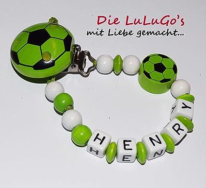 Cadena para chupete con nombres - Fútbol en verde blanco ...