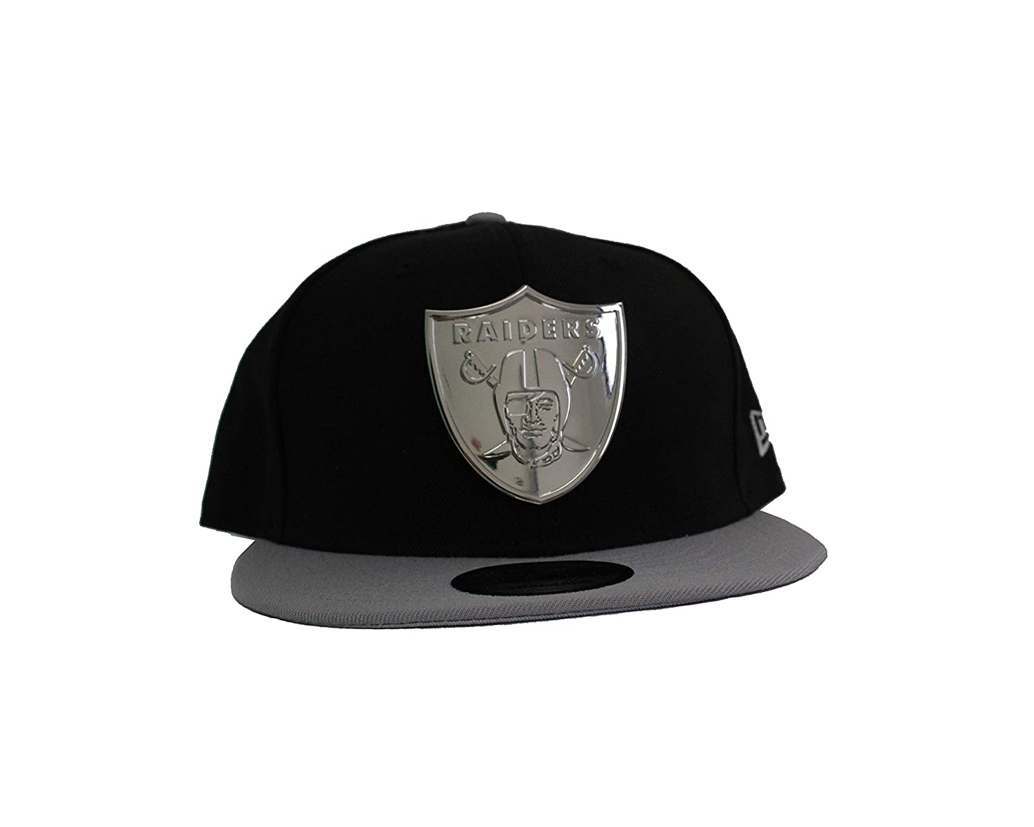 Amazon.com   New Era 59Fifty Oakland Raiders Golden Finish Fitted Hat (Black)  Men s NFL Cap   Sports   Outdoors 0b3bf9177