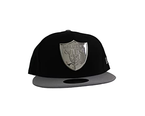 8b81f94e1d7 Image Unavailable. Image not available for. Color  New Era 59Fifty Oakland  Raiders Golden Finish Fitted Hat (Black) ...