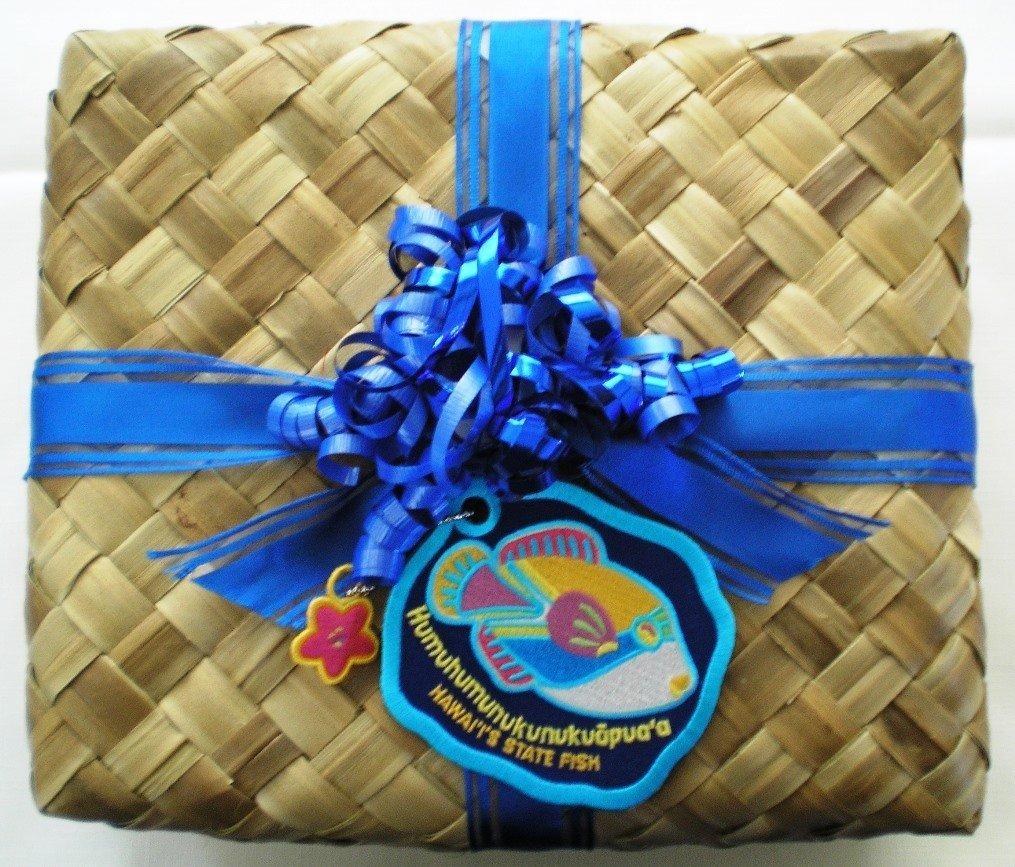 Hawaii Maui Cook Kwees Gift Basket Pineapple Macadamia Nut Cookies