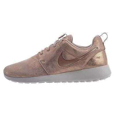 Nike Women's Roshe One Premium Shoe, Metallic Red Bronze, 9.5 | Running