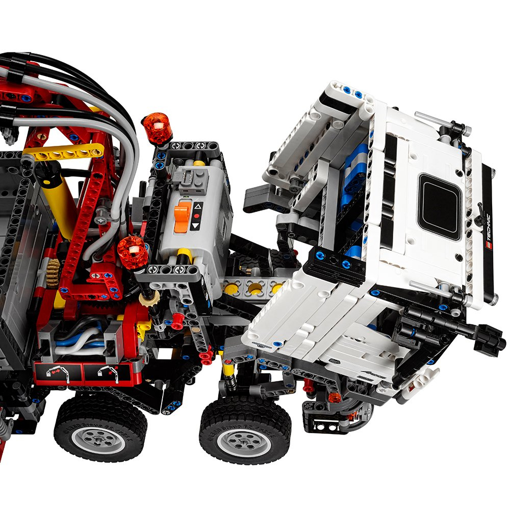 Amazon Com Lego Technic Mercedes Benz Arocs 3245 42043 Building Kit