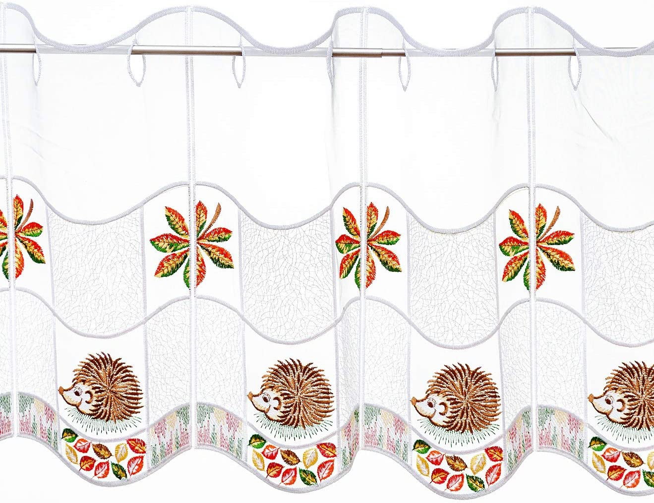 ideal f/ür kleine Fenster 35 cm 35x64 cm Plauener Spitze farbig bestickte Scheibengardine Igel Herbst Bl/ätter