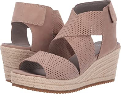 02e6586e7 Amazon.com | Eileen Fisher Women's Willow 2 | Platforms & Wedges