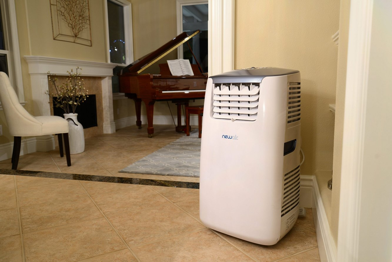 Amazon.com: NewAir AC 14100H 14,000 BTU Portable Air Conditioner Plus  Heater With Energy Efficiency Boosting Function: Home U0026 Kitchen