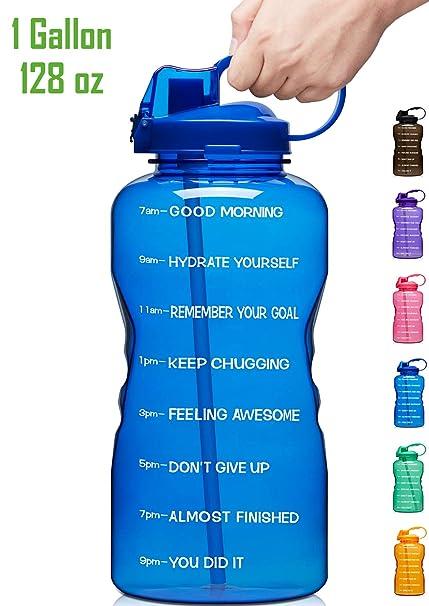 bebiendo 1 galón de agua al día