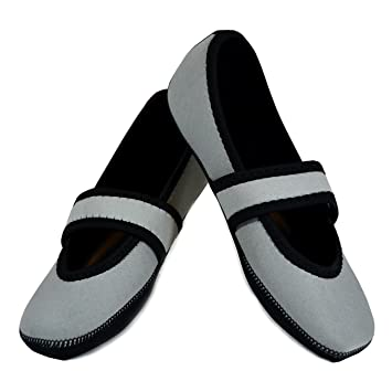 f9721190a78c Amazon.com  Nufoot Betsy Lou Women s Shoes