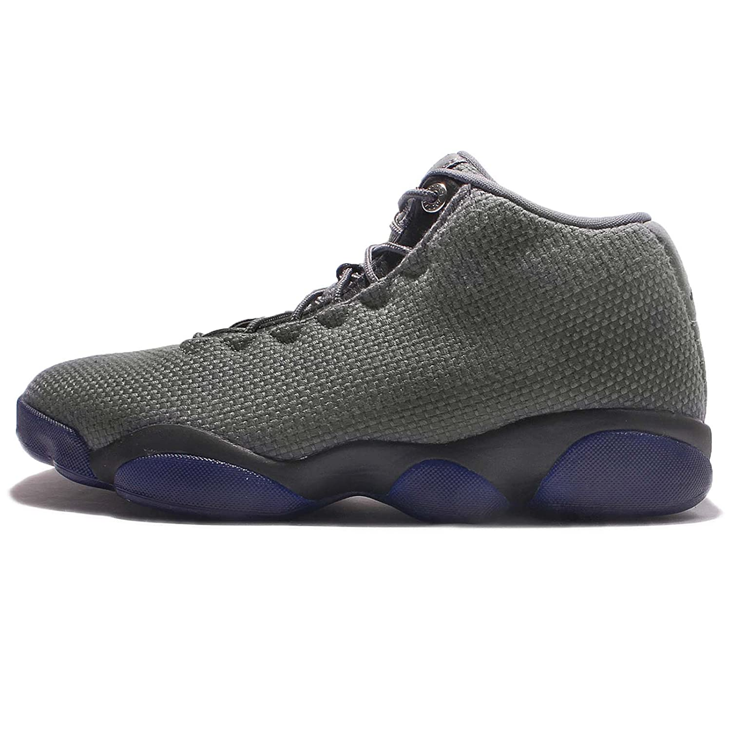 super popular 032e3 8e381 Amazon.com   Nike Jordan Horizon Low Men s Sneaker   Fashion Sneakers