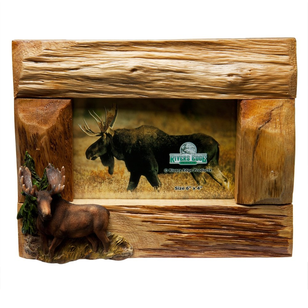 River's Edge Genuine Firwood Horizontal 4 x 6 Picture Frame with Hand Painted Poly Resin Moose Accent