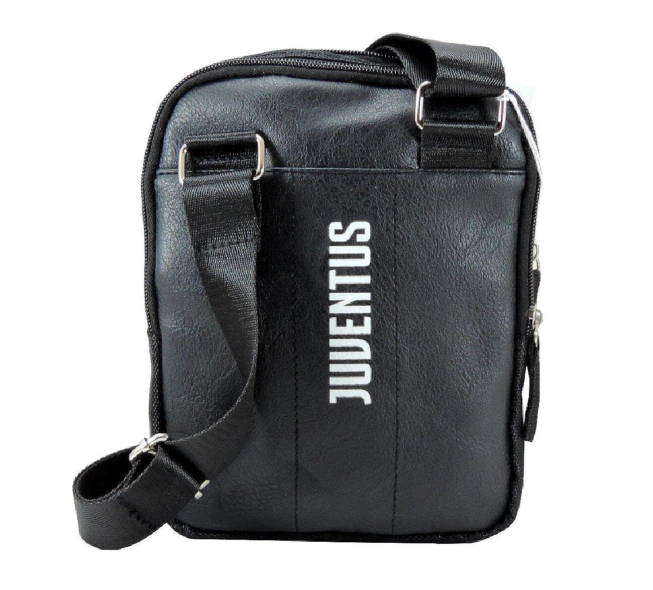 Borsello Tracolla Uomo JUVENTUS in Similpelle Multitasche Nuovo Logo  PRODOTTO UFFICIALE  Amazon.it  Scarpe e borse 470ca450671