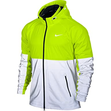 d8122a7cd22d Nike Shield Flash Reflective Mens Running Jacket (L)  Amazon.co.uk ...