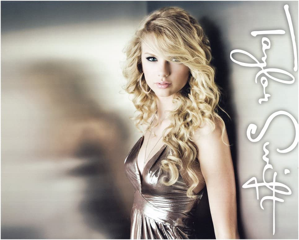 Taylor Swift Rare Collectible 2008 Fearless 8x10 Photo At Amazon S Entertainment Collectibles Store