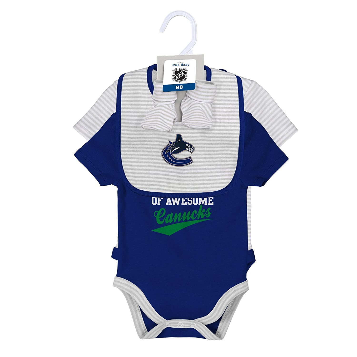 78b3b9a39 NHL Calgary Flames Layette Newborn Team Awesome 2Piece Onesie, Bib & Bootie  Set, 6-9 Months, Cool Grey: Amazon.in: Sports, Fitness & Outdoors