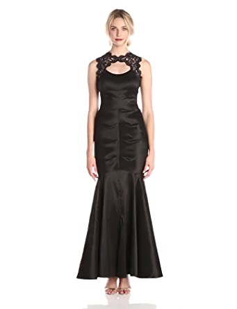 b3c4067b45144 Amazon.com  Xscape Women s Ruched Gown with Lace Top and Cut Out ...