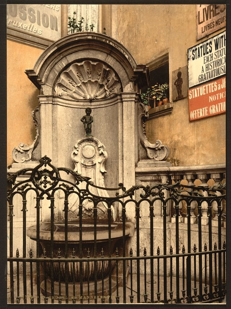 Vintography 10 x 14 Antique Photochrome Image of: c. 1890-1906 Manneken PIS, Brussels, Belgium Professionally Reprinted c200