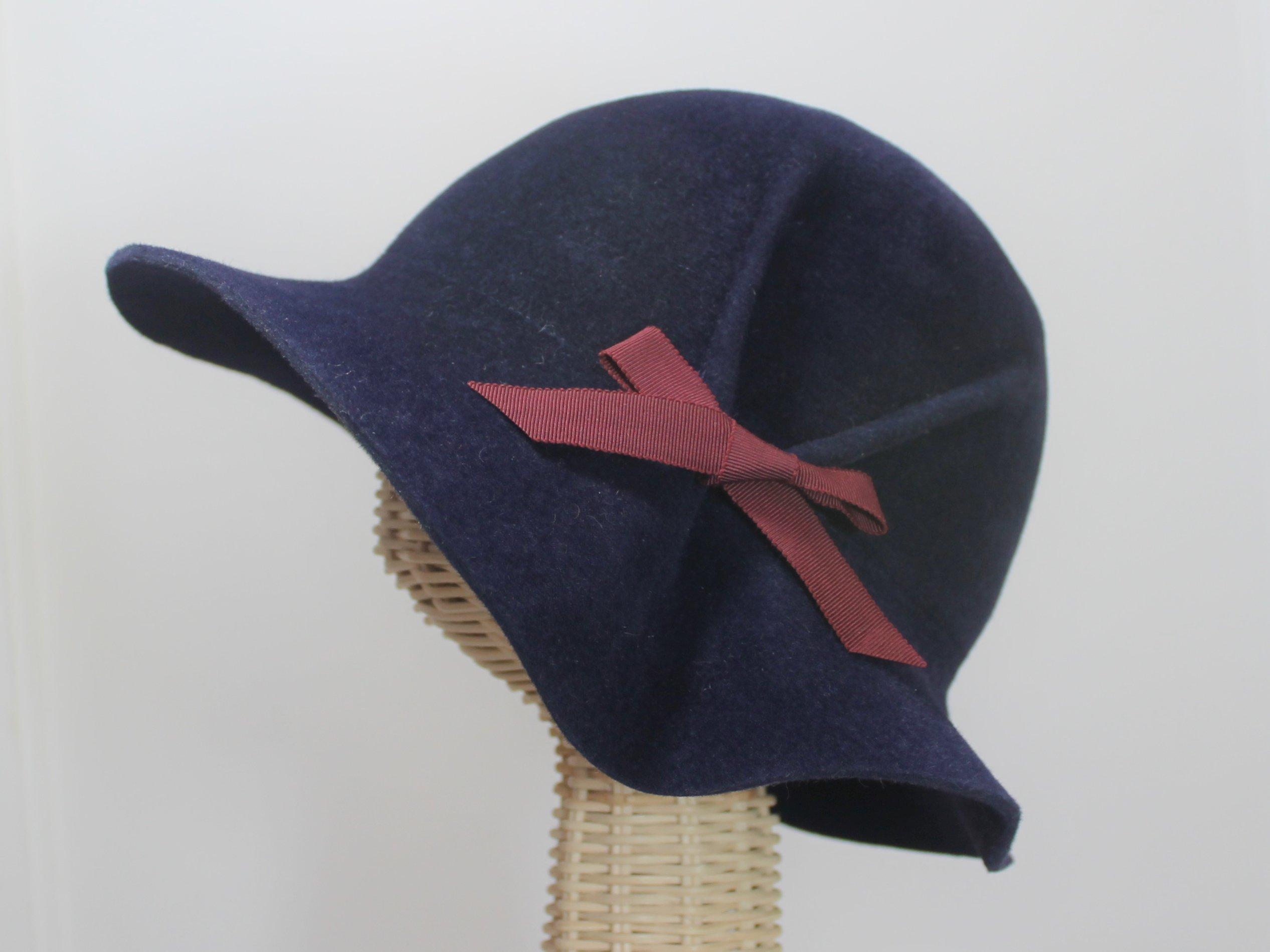 Eva Navy Blue 30s Style Pleated Cloche Hat in Velour Felt