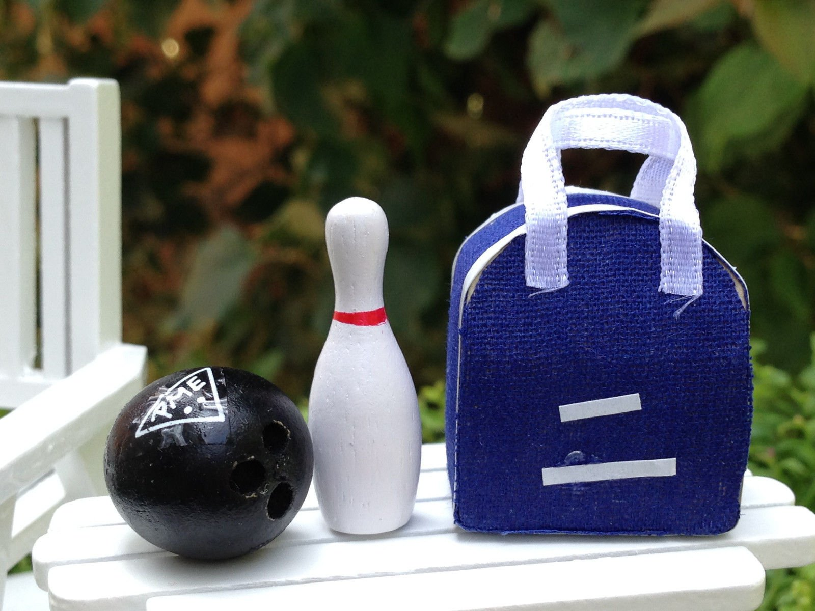 Miniature Dollhouse Fairy Garden Accessories Bowling Bag With Pin & Ball by Miniature (Image #1)
