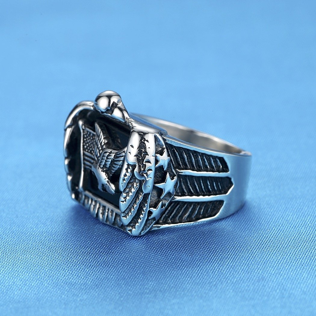 LineAve Men's Stainless Steel American Flag and Eagle Ring, Size 13, 7a5012s13 by LineAve (Image #3)