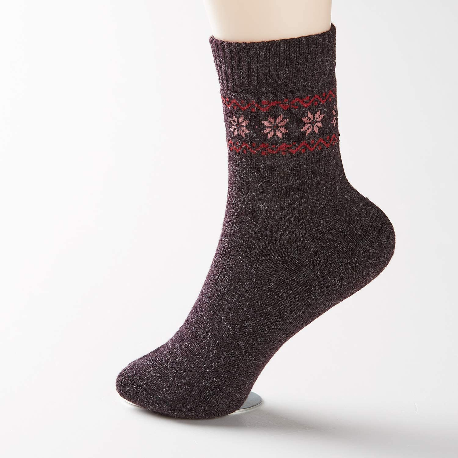 Pack of 4 Winter Warm Wool Socks Hiking Socks Knit Crew Socks for Women Soft and Comfortable: Clothing