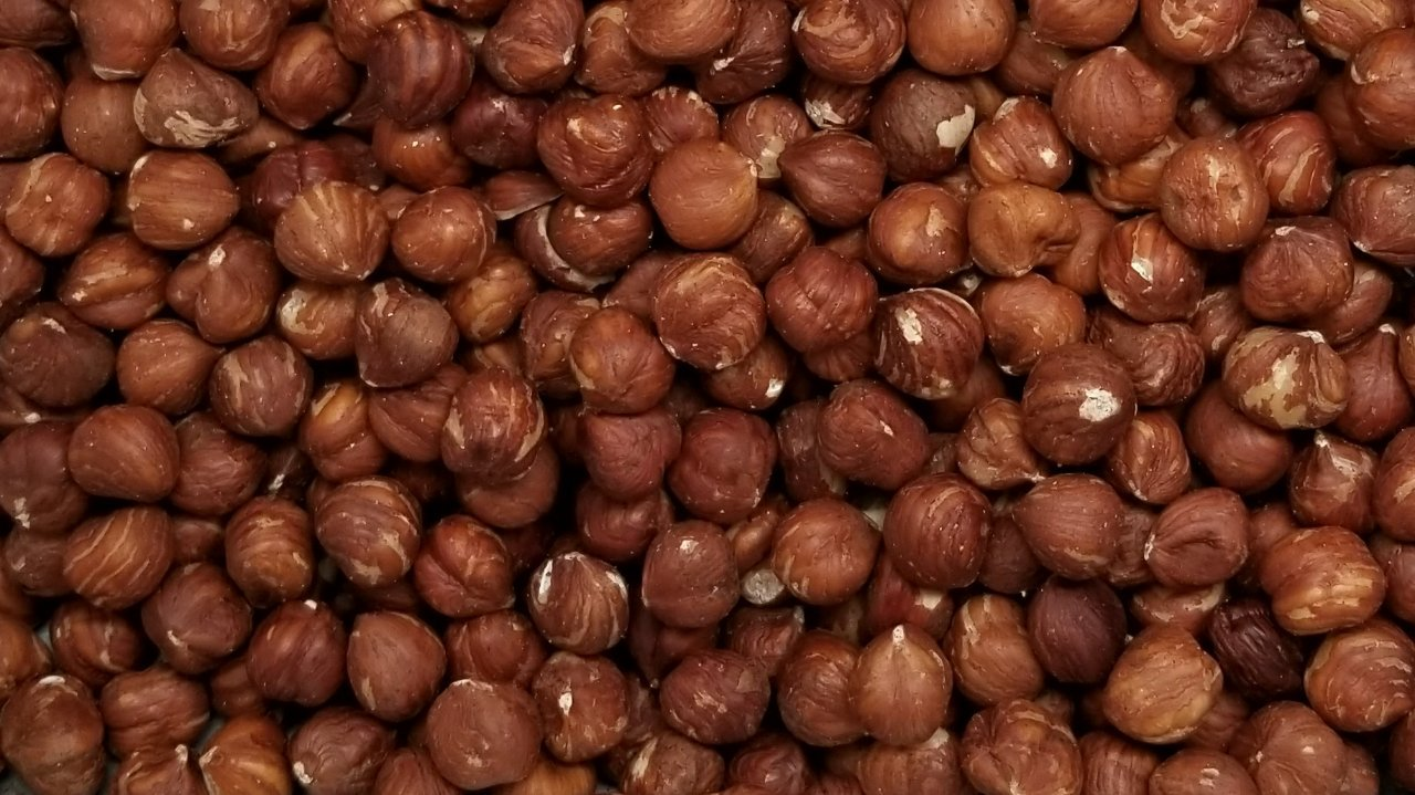 Filberts/Hazelnuts,''FRESH QUALITY'' Raw Shelled (5 lbs.) by Presto Sales LLC